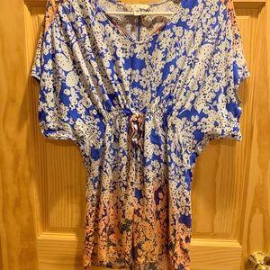 Blue and orange ombré short sleeve top